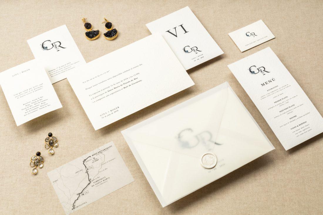 GR | Unas invitaciones con iniciales florales