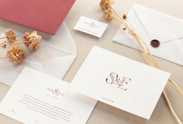 Cómo elegir tus invitaciones de boda a distancia